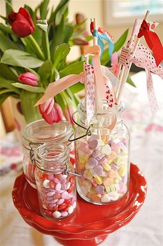 Valentine Table Decor-I actually spotted some pink-only smartie boxes at Clicks, should get some