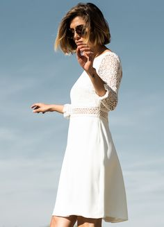 Civil wedding: the most beautiful short and simple wedding dresses Dressing Over 50, Civil Wedding Dresses, Older Bride, Best Day Ever, School Fashion, Most Beautiful, Wedding Day, White Dress, Couture