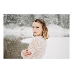 """BRAUTATELIER & GOLDSCHMIEDE on Instagram: """"CUSTOM-MADE BY GOLDCIRCUS // In dieser wunderbaren Winterlandschaft gibt es nicht nur eine wunderschöne Braut zu sehen, sondern auch eines…"""" Gold, Couture, Bridal, Handmade, Instagram, Fashion, Atelier, Winter Landscape, Wedding Bride"""