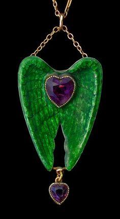 CHILD & CHILD Winged Heart Pendant / Brooch in the Pre-Raphaelite style Silver Gold Enamel Amethyst H: cm in) W: cm in) Marks: Indistinct 'Child & Child' monogram British, Bijoux Art Nouveau, Art Nouveau Jewelry, Jewelry Art, Antique Jewelry, Vintage Jewelry, Jewelry Design, Antique Rings, Wire Jewelry, Living In London