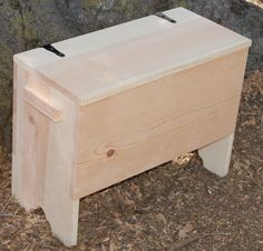 http://www.vikingkrafts.com/products-page/chests-tourney-boxes/6-board-chest/