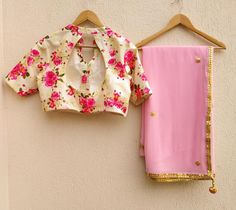 A dreamy light pink Georgette saree with hand embroidered Gota Patti border and flowers all over , paired with a printed dupion blouse piece . Note - Blouse will be Unstitched Saree Blouse Neck Designs, Fancy Blouse Designs, Blouse Patterns, Saree Floral, Pink Saree, Gota Patti Saree, Sari Design, Blouse Models, Chiffon Saree