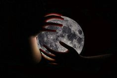 moondaughter lunar magic moon phases e-courses metaphysical crystal healing luna soul magic moon circles yoga divine feminine goddess Moon Photography, Tumblr Photography, Charlie Chaplin, Full Moon In Cancer, Half Elf, Moon Time, Grandeur Nature, Marissa Meyer, Scorpio Moon