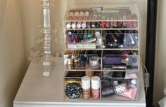 London Beauty Queen: COMPETITION: 'London Beauty Box' Makeup Storage System