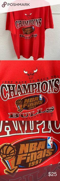 b04050170 Vintage Chicago Bulls Champions Tee -1997 Chicago Bulls Champions Tee -Has  Minor Cracking -