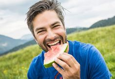 8 Ways to Lose Belly Fat and Live a Healthier Life  - A combination of exercise and the right diet will help you lose the abdominal fat that's linked to a higher risk of heart disease. Johns Hopkins researchers explain how to shape up.