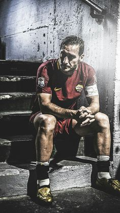 Franchesco Totti Franchesco Totti AS Roma FC (Visited 18 times, 1 visits today) Madrid Football, Football Icon, Best Football Players, Football Is Life, World Football, Sport Football, Soccer Players, Football Soccer, As Roma