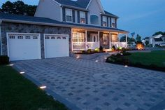 Low-Voltage Paver Lights in a Driveway   Driveway Design