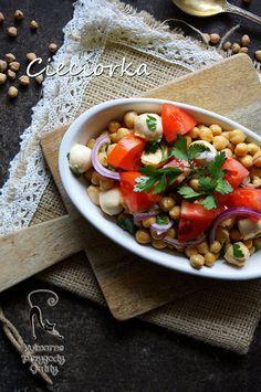 Kulinarne przygody Gatity: Sałatka z  ciecierzycy z mozzarellą