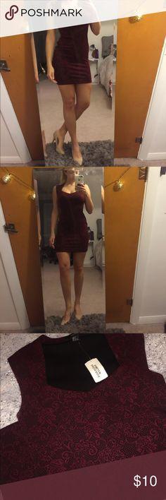 Forever 21 Body-con Dress Form fitting dress Forever 21 Dresses Midi