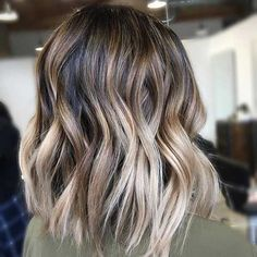 Beige Blonde Balayage on a Lob