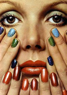 Old skool nails! Catherine Deneuve photographed by Guy Bourdin for L'Officiel, Guy Bourdin, Catherine Deneuve, Patti Hansen, Nail Swag, Vintage Nails, Nail Polish, Christie Brinkley, Alfred Stieglitz, Toe Nail Art