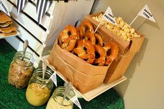 From elleDESIGNS ... tailgate party foods!