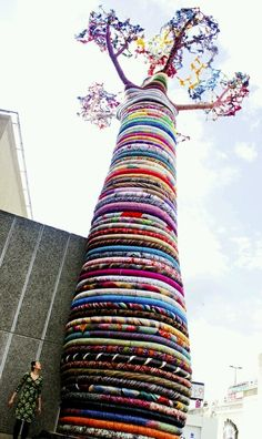 dispicable-artist: The Quilt Tree, San Francisco, California