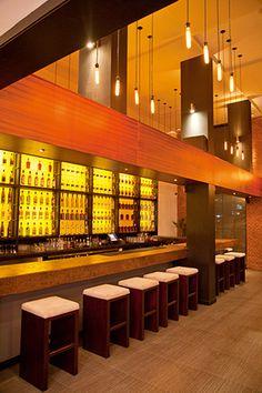 Z(INC) Gastro Bar  Cosmopolita y contemporáneo. Zinc Gastro Bar ubicado en la calle Paul Rivet y Whymper en Quito  Fotos: Chris Falcony  Revista CLAVE! 42