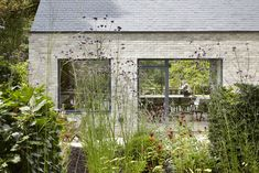 Raised in Just 10 Days, This Airtight Prefab Is a Lesson in Efficiency - Dwell #prefab #england #garden