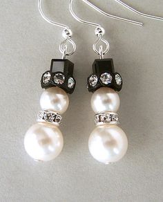 Little Snowman Earrings Swarovski Pearl And Crystal By Minlee