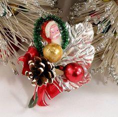 Vintage Clay Face Santa Claus Christmas Corsage Japan
