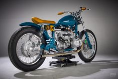 Out Of The Blue: This BMW R60/7 from Spain bucks the me-too custom trend