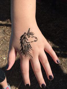 Unicorn henna ft. My leg Indian Henna Designs, Henna Tattoo Designs, Tattoo Ideas, Henna Animals, Pretty Hand Tattoos, Hena Tattoo, Henna Sleeve, Acoustic Guitar Art, Mahndi Design