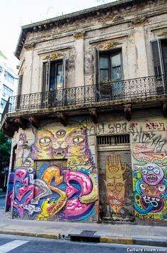 Crazy Buenos Aires Street Art, #Argentina... I think this building was in San telmo, a block from me :)