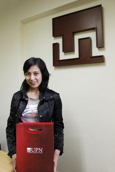 """En la Universidad Privada del Norte estamos felices de contar con una de las más talentosas estudiantes del Perú .  Lesly Malú Manosalva Caruajulca, nació en Bambamarca, provincia de Hualgayoc, Cajamarca,  y ha obtenido el más alto puntaje de entre los 25,000 postulantes al Programa Beca 18 a nivel nacional.   Lesly,  """"¡BIENVENIDA A LA UPN!"""""""