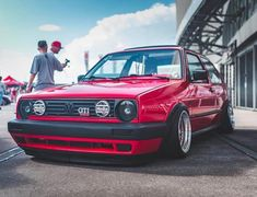 Classic Car News Pics And Videos From Around The World Volkswagen Golf Mk2, Vw Mk1, Vw Touran, Jetta A2, Vw Classic, Vw Cars, Car In The World, Amazing Cars, Awesome