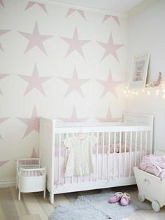malerschablone-sterne für wandgestaltung im babyzimmer - 62 kreative Wände streichen Ideen – interessante Techniken