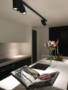 Kitchen with LumenAlpha spots Contemporary Interior Design, Interior Design Kitchen, Living Room Modern, Home And Living, Küchen Design, House Design, Loft Kitchen, Nice Kitchen, Kitchen Fixtures