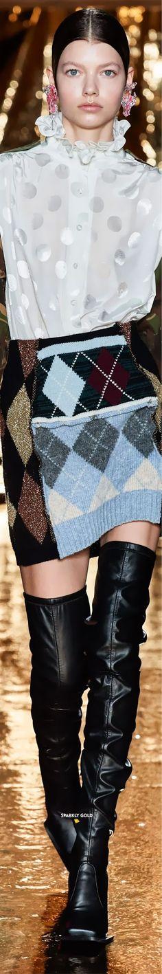 Preen by Thornton Bregazzi Fall 2020 RTW Fashion Models, Fashion Brands, Thornton Bregazzi, Danish Fashion, Just Be Happy, Cat Walk, Runway, Gowns, Fall
