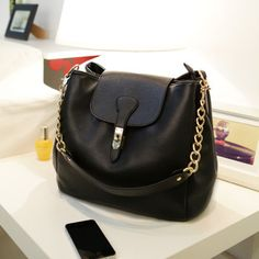 Material:PU Leather  Detailed Size: 28cm(Length)×21cm(Height)×17cm(Thickness)