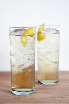 St-Germain Hummingbird - Brut Champagne or Dry Sparkling Wine, St-Germain, Club Soda, Lemon Twist.