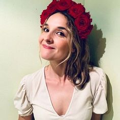 The loveliest looking gorgeous in her all-red-rose birthday crown. Flower Crowns, Looking Gorgeous, Red Roses, Birthday, Flowers, Fashion, Moda, Birthdays, Fashion Styles