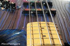 Fender Jazz Bass - 2015 Sandblasted Sapphire blue limited edition (without pickguard)