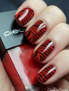 I remember that I have my nails polished in red color for the first manicure. Now red nails are still trendy and combined with other elements. What's more, red nails […] Hot Nails, Hair And Nails, Tiger Nails, Zebra Print Nails, Nagellack Trends, Red Nail Designs, Nagel Gel, Fabulous Nails, Creative Nails