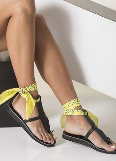 How To Wear Ankle Bandana - LookVine