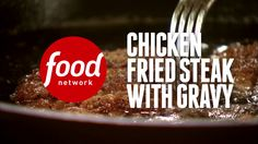 Chicken Fried Steak with Gravy - Chicken Fried Steak just isn't complete without a generous helping of thick, creamy gravy. This Southern comfort food is so easy to make and incredibly satisfying to eat! Cube Steak Recipes, Beef Recipes, Chicken Recipes, Cooking Recipes, Cuban Recipes, Clean Chicken, Chicken Runs, Fried Chicken, Puerto Rico