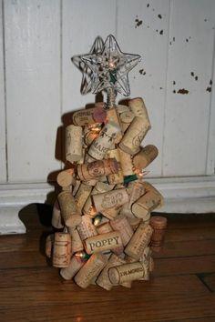 Cork xmas tree done