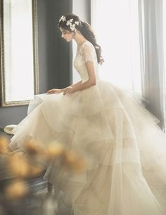 Utterly blown away by this romantic wedding dress from J Sposa Wedding! » Praise Wedding Community