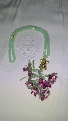 Yeşil Taş,Kaftan İmame ve Eflatun renk çiçek kombini. #tesbih #tasarım #moda #kadın #namaz #aksesuar #hediyelik