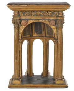 A Lovely Carved and Gilded Wood Small Temple dating from the XVI century - six fluted columns with capitals, two heads of winged cherubs under the lintel decorated with plant & floral motifs, the back is decorated under the lintel with the figures of Jesus, the Virgin Mary, St. Joseph and two polychrome painted Saints - Dim.: 39x30x54cm - Side A
