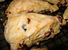 I love Starbucks& Cranberry Orange Scones. When I found this recipe, I was THRILLED that they taste just as good! Plus, it is easy and quick. That is my type of recipe! Brunch Recipes, Breakfast Recipes, Dessert Recipes, Scone Recipes, Cranberry Orange Scones, Cranberry Muffins, Orange Zest, Delicious Desserts, Yummy Food