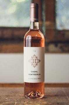 Casal deVentozela - The Dieline -#vinosmaximum #taninotanino