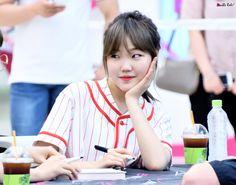 Idols who don't do plastic surgery Korean Beauty Standards, Lee Soo Hyun, Pentagon Members, Akdong Musician, Sorry My Love, Siblings Goals, Gong Hyo Jin, Kwon Yuri, Ft Island