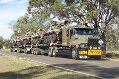 Mack-CH/R army triple road train in Australia / Мак СН/R армейский тройной автопоезд, перевозящий БТРы