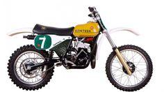 Montesa Suzuki Motocross, Motocross Bikes, Vintage Motocross, Racing Motorcycles, Vintage Motorcycles, Motos Vintage, Vintage Bicycles, Mx Bikes, Dirt Bikes