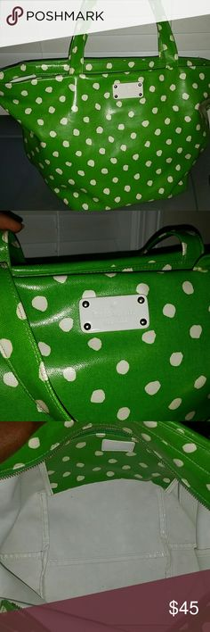 Kate spade tote Perfect all weather bag wipe clean. Very unique in excellent condition kate spade Bags Totes