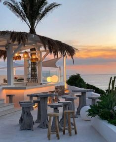 Vacation Destinations, Dream Vacations, The Places Youll Go, Places To Visit, Travel Aesthetic, Sky Aesthetic, Flower Aesthetic, Travel Goals, Travel Style