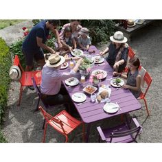 Fermob Luxembourg tafel 143x80. Aan tafel! #Fermob #tafels #design #Flinders