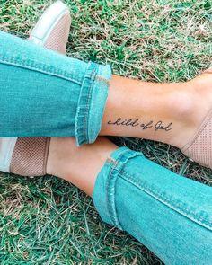 Excellent minimalist tattoo tattoos – foot tattoos for women Tattoo Kind, Tattoo Style, Shape Tattoo, I Tattoo, Be Still Tattoo, Tattoo Shop, No Fear Tattoo, Pray Tattoo, Glyph Tattoo
